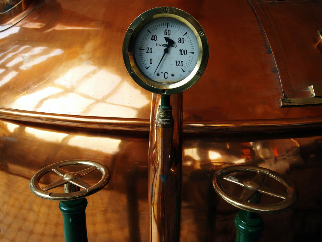4-thermometer-bronze-beer-coppers-brewery-athens-dakota-beer-pub-southern-suburbs-argyroupoli-ilioupoli-glyfada-regions