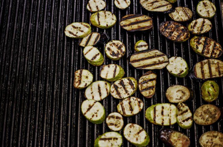 Egg plants salade vegan menu athens beer pub southern suburbs dakota pub argyroupoli elliniko regions - 9